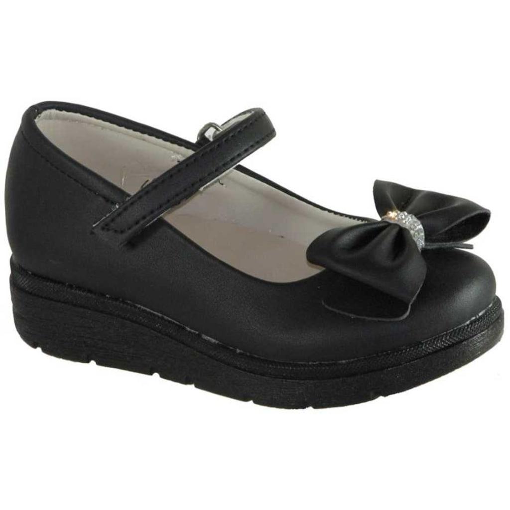 Kız Çocuk Babet ve Günlük Ayakkabı Modelleri İle Yürüyüşler Daha Güvenli