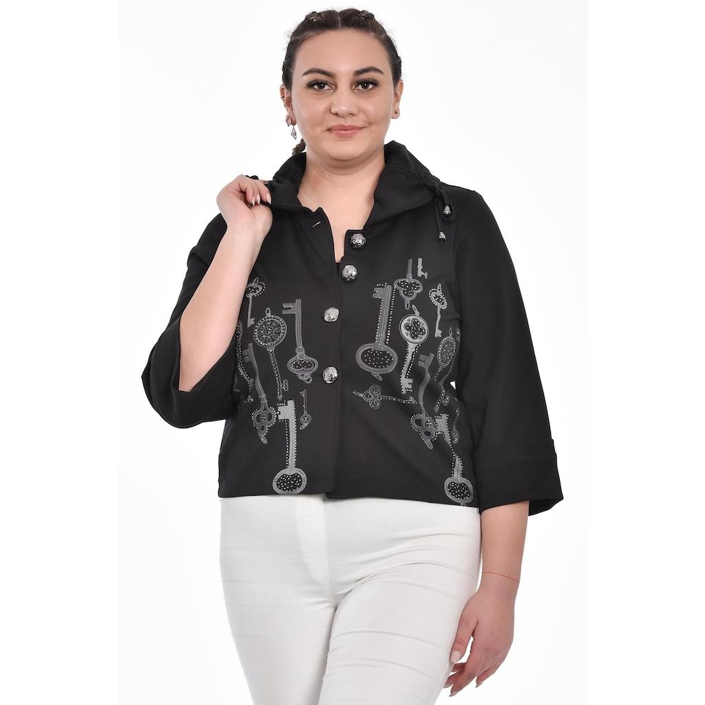Farklı Tarzları ile Kadın Büyük Beden Ceket Tasarımları