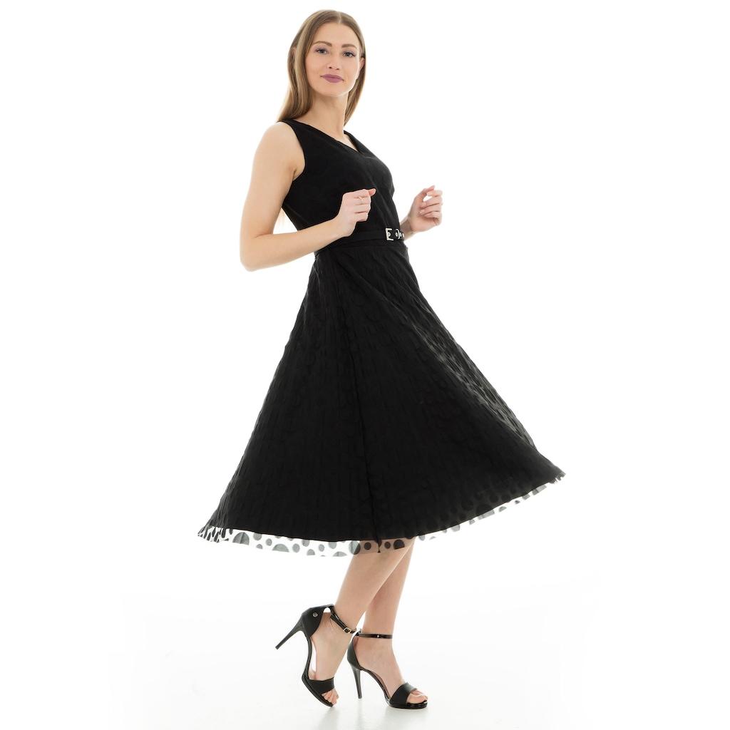 Kadınların Klasik Tercihi: Ekol Elbise