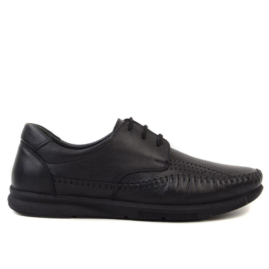 Geniş Model Seçenekleriyle Erkek Günlük Spor Ayakkabıları
