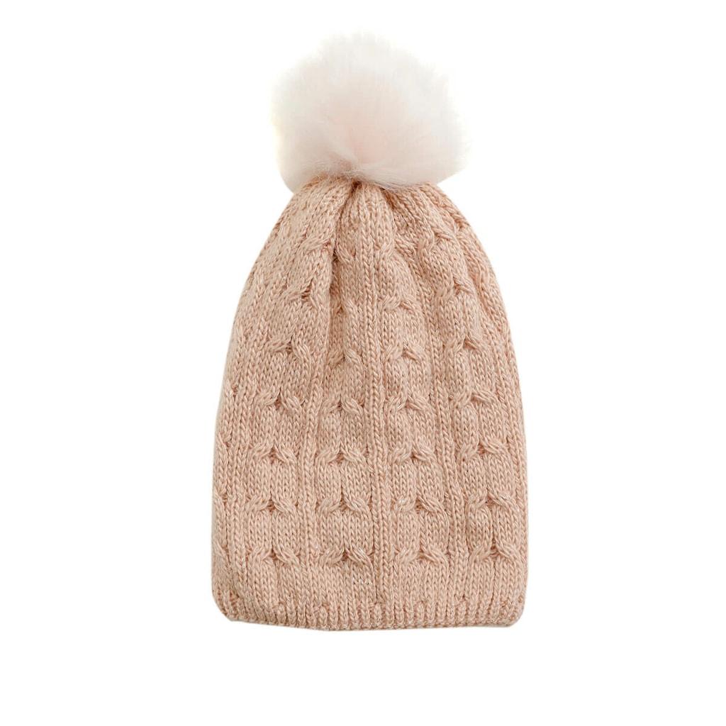 Kadın Şapka ve Bere Modelleri Arasından Seçim Yaparken Göz Önüne Alınması Gerekenler