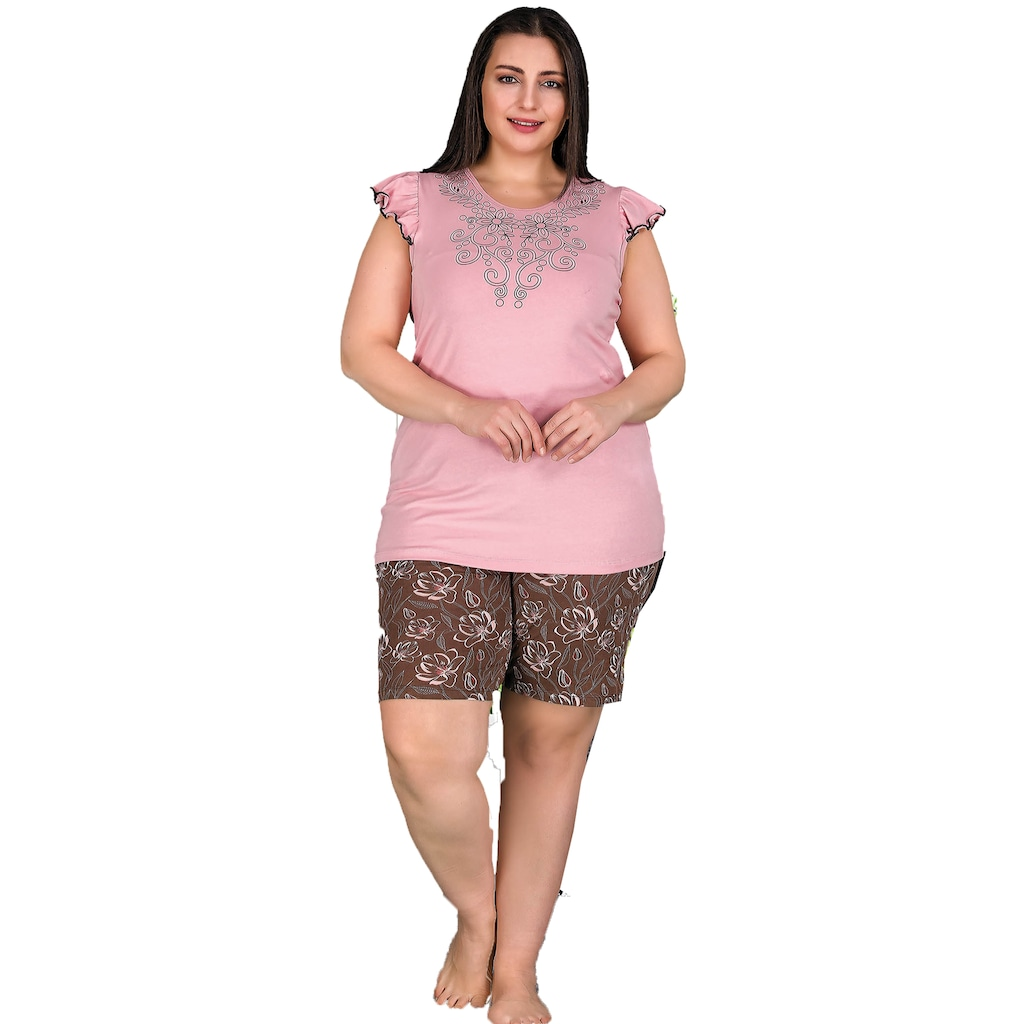 Kadın Büyük Beden Kıyafet Seçimi