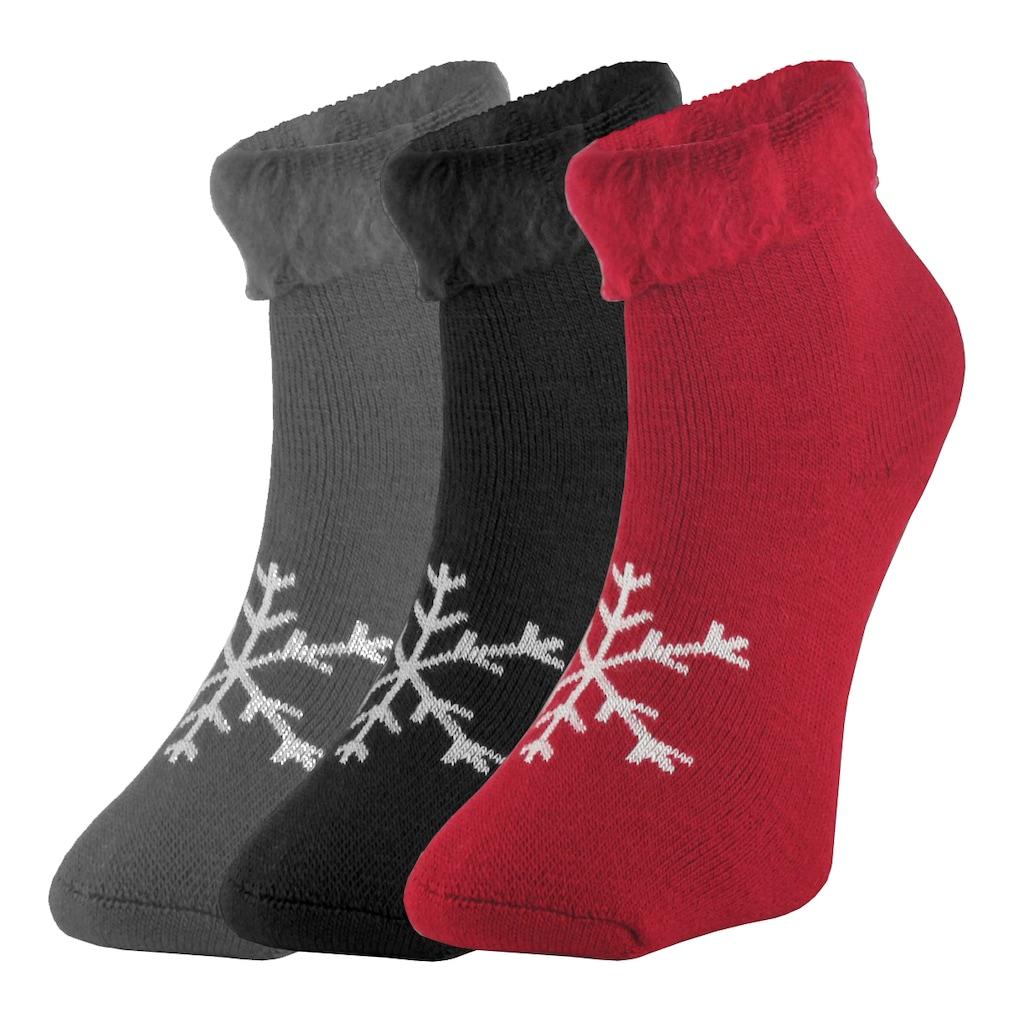 Özel Tasarımlar ile Sıcacık Çoraplar