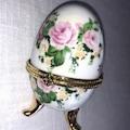 Porselen Yumurta