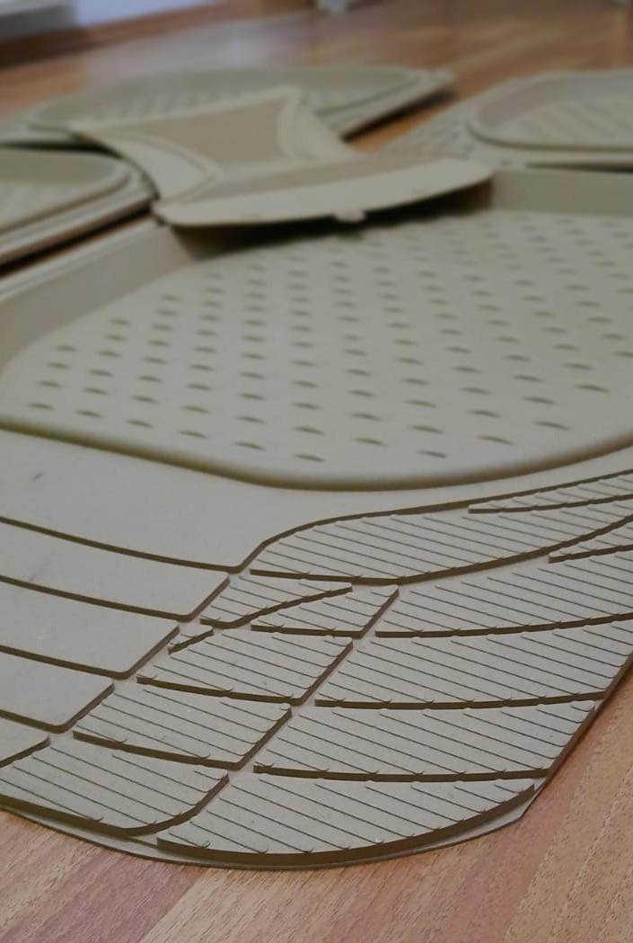 Havuzlu Paspas 3D Siyah 5 Parça Üniversal Tüm Araçlar İçin Uyumlu