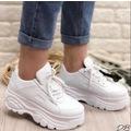Ayax 12432 Kalın Yüksek Taban Beyaz Bayan Spor Ayakkabı (36-40)