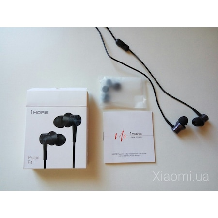 1more Piston Fit Earphone with Mic Blue Club Of Gadget Source · 1MORE P STON F T IN EAR HEADPHONES