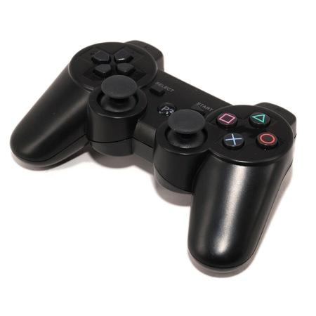 Yüksek Kaliteye Sahip Uzun Süre Kullanabileceğiniz Joystick ve Gamepadler