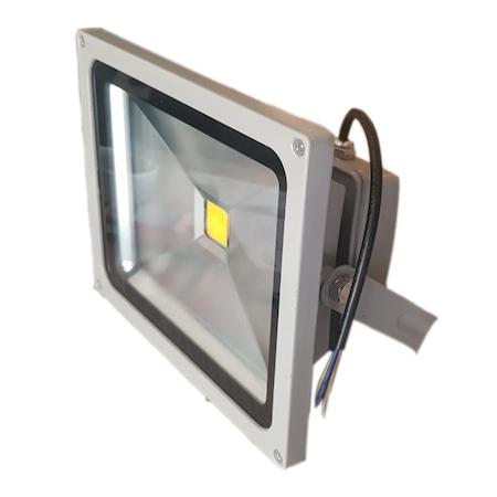 Üstün Kalitesi ve Kolay Bakımıyla Projektörler