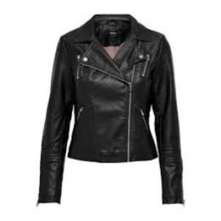 Her Dönem Moda: Kadın Deri Mont ve Ceket
