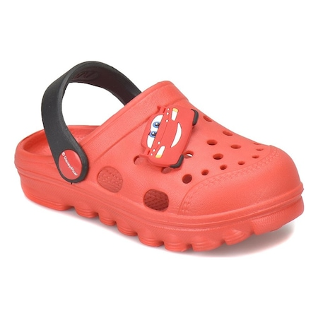 Yeni Yürümeye Başlayan Erkek Çocuklar İçin Sandalet Seçimleri