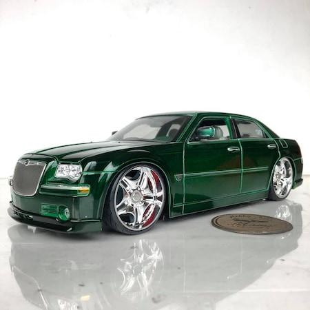 Custom Chrysler 300 >> 2005 Chrysler 300c Hemi Green Metallic Custom Shop 1 18 Olcek