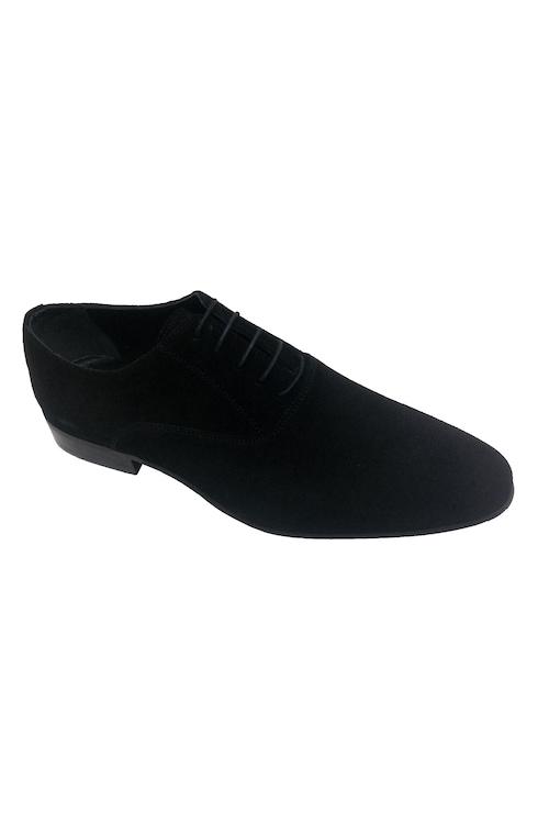 Klasik Erkek Ayakkabı Modelleri ile Tarzınızı Yansıtın