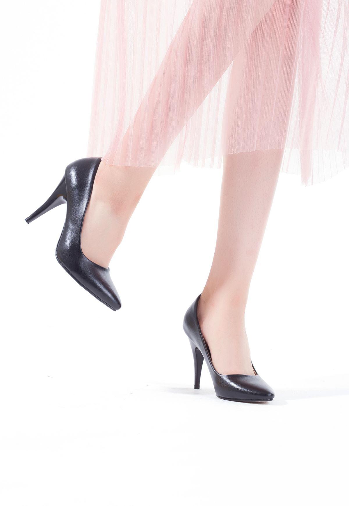 Erb Siyah Bayan Cilt Düz Kesim Stiletto Ayakkabı