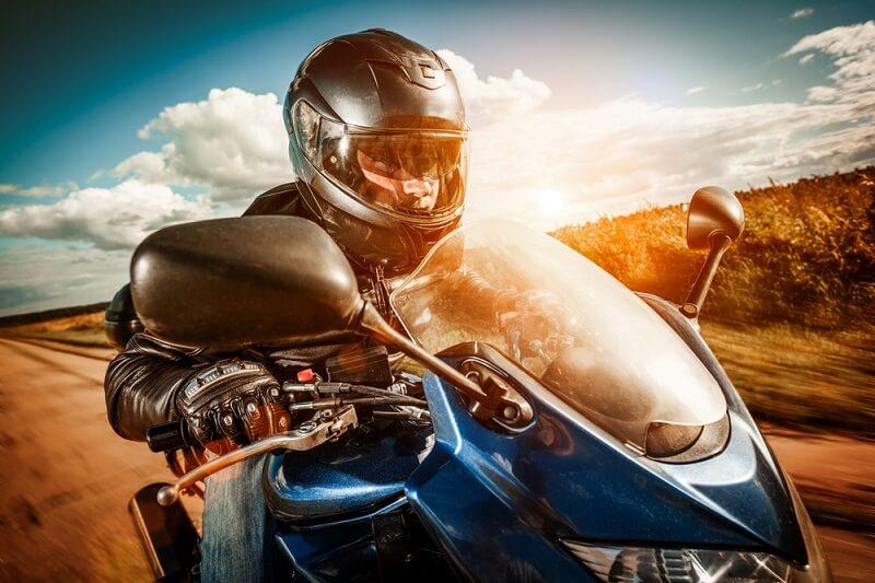 Motosiklet Modelleri ve Kıyafetleri