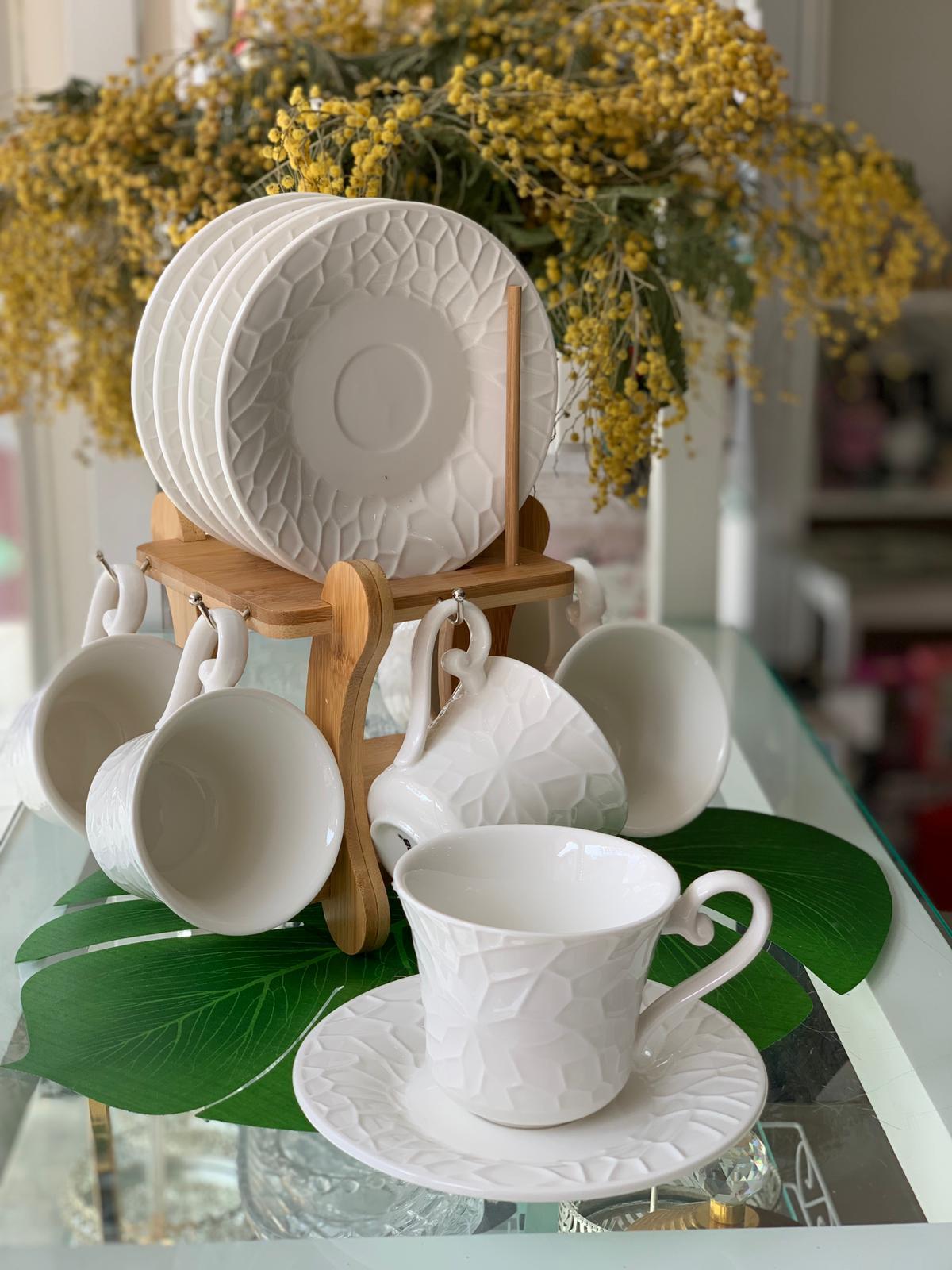 Porselen Bambu Standlı FincanTakımı